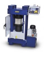 MÁY NÉN BÊ TÔNG 300 TẤN là thiết bị dùng để thí nghiệm nén uốn mẫu bê tông, nén uốn mẫu vữa xi măng nhằm kiểm tra xác định cường độ của bê tông xi măng bằng phương pháp nén uốn trong phòng thí nghiệm. Máy nén bê tông 300 tấn với lực nén tương đương 3000kn có độ chính xác cao, kiểu dáng hiện đại, được nhập khẩu trực tiếp từ hãng Matest - Italia.
