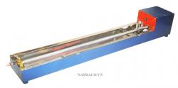 THIẾT BỊ ĐO ĐỘ GIÃN DÀI NHỰA ĐƯỜNG là thiết bị dùng để xác định độ kéo dài của vật liệu nhựa đường đặc với vận tốc kéo mẫu 50mm/phút ±5%  ở nhiệt độ 25 0C ± 0.5 0C, khi muốn xác định độ kéo dài ở nhiệt độ thấp thì có thể điều chỉnh vận tốc máy 10mm/phút ở nhiệt độ 4 0C. Ngoài ra máy còn cho phép kiểm tra độ đàn hồi của các loại nhựa đường cải tiến, chẳng hạn như PMB, ATR. Máy đo độ giãn dài nhựa đường được thiết kế theo tiêu chuẩn TCVN 7496-2005.